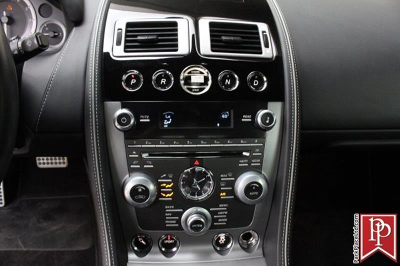 2015 Aston Martin DB9 21