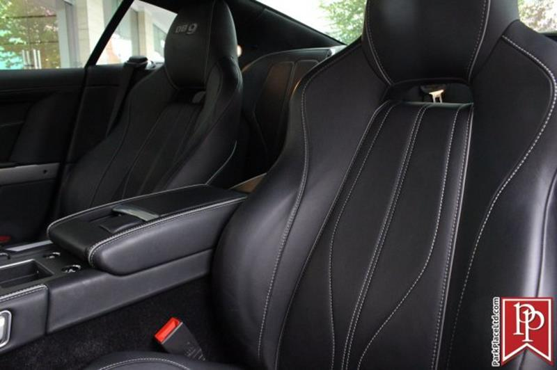 2015 Aston Martin DB9 16
