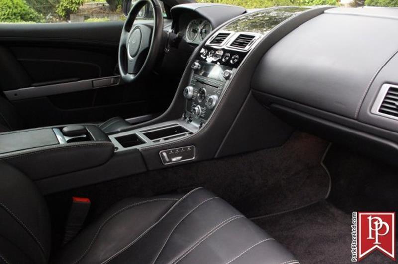2015 Aston Martin DB9 27