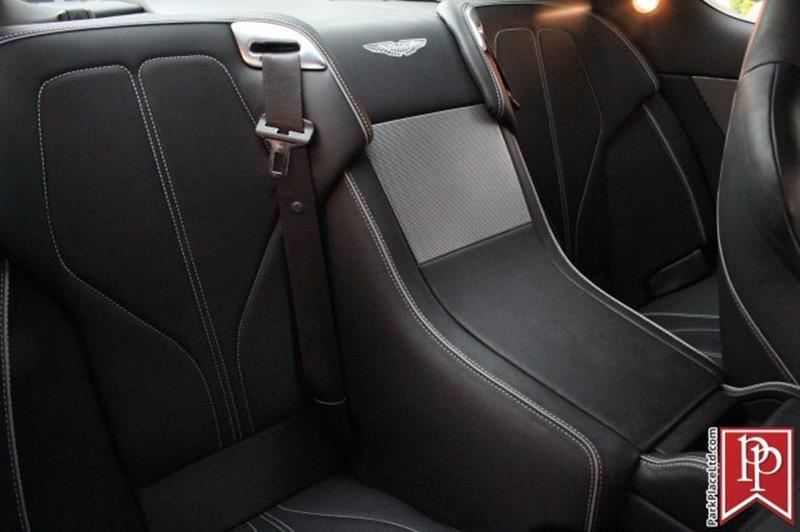 2015 Aston Martin DB9 29