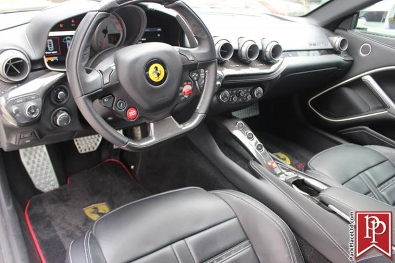 2015 Ferrari F12berlinetta 42