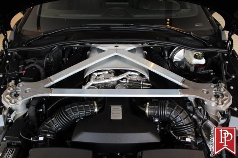 2020 Aston Martin Vantage 36