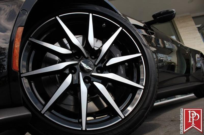 2020 Aston Martin Vantage 44