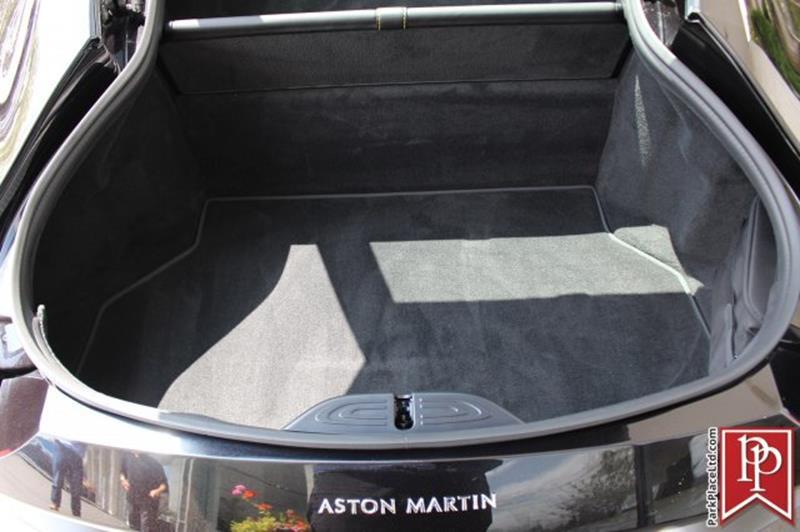 2020 Aston Martin Vantage 35