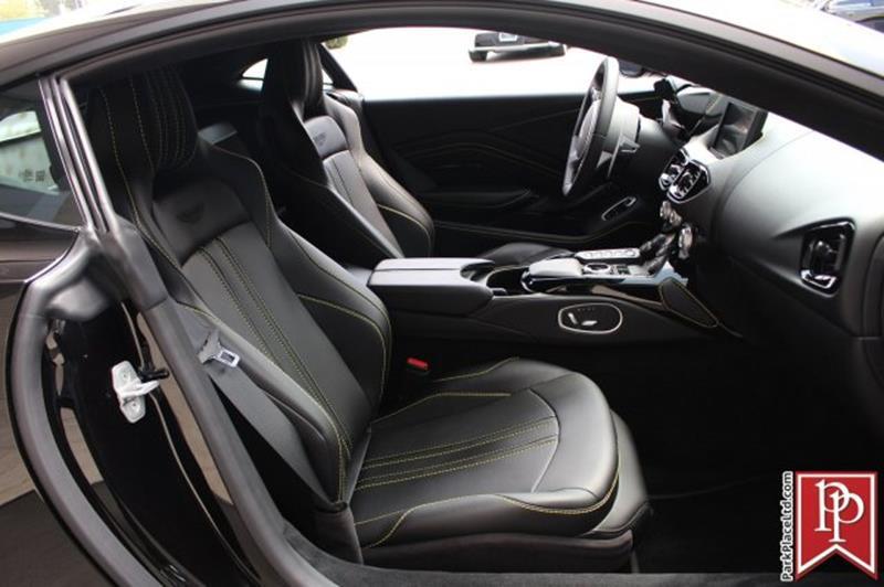 2020 Aston Martin Vantage 33