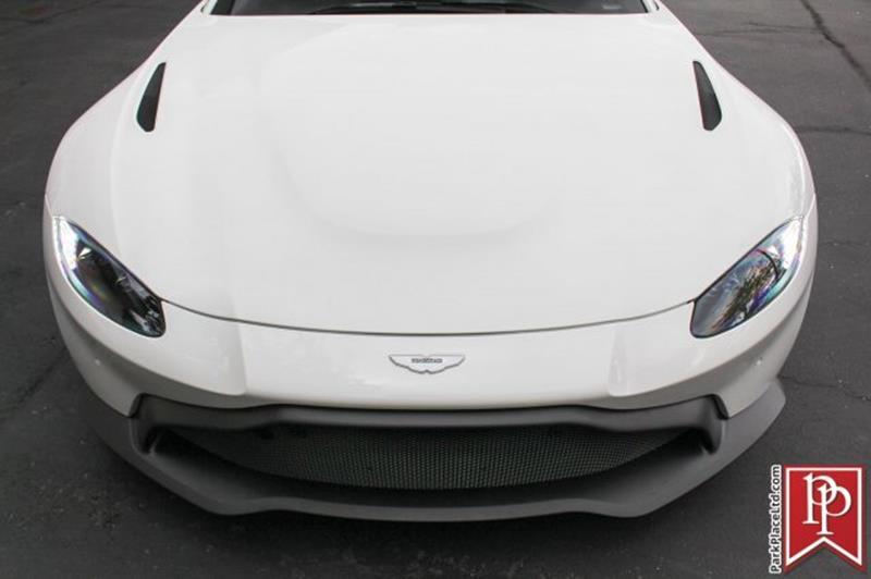 2020 Aston Martin Vantage 41