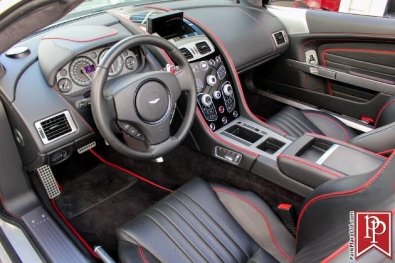 2016 Aston Martin DB9 11