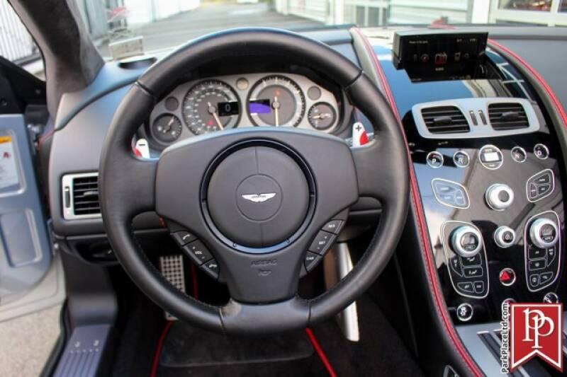 2016 Aston Martin DB9 18