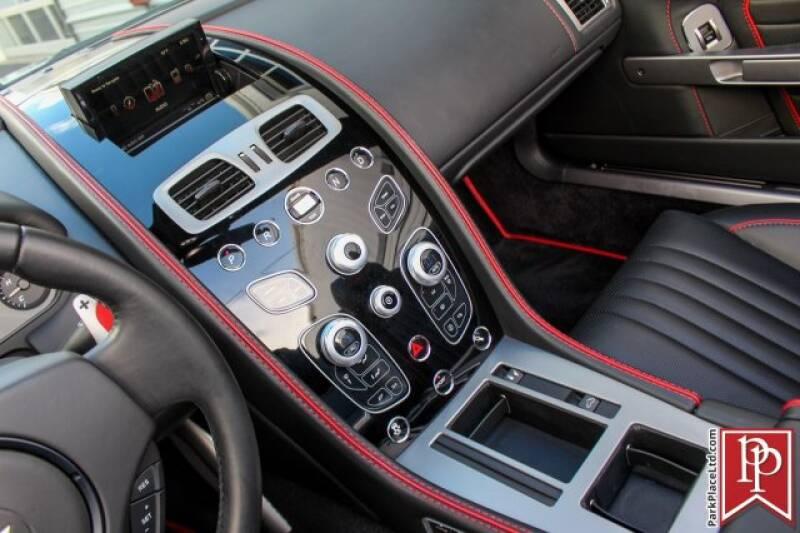 2016 Aston Martin DB9 20