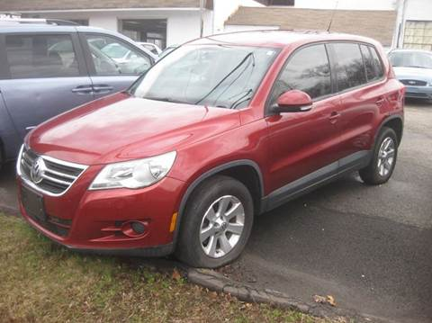 2009 Volkswagen Tiguan for sale at ENFIELD STREET AUTO SALES in Enfield CT
