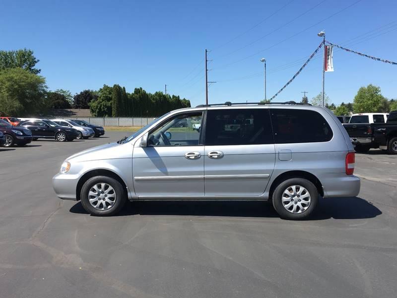 2005 Kia Sedona for sale at New Deal Used Cars in Spokane Valley WA