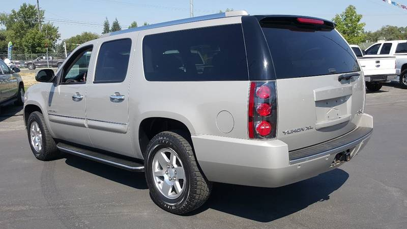 2007 GMC Yukon XL for sale at New Deal Used Cars in Spokane Valley WA