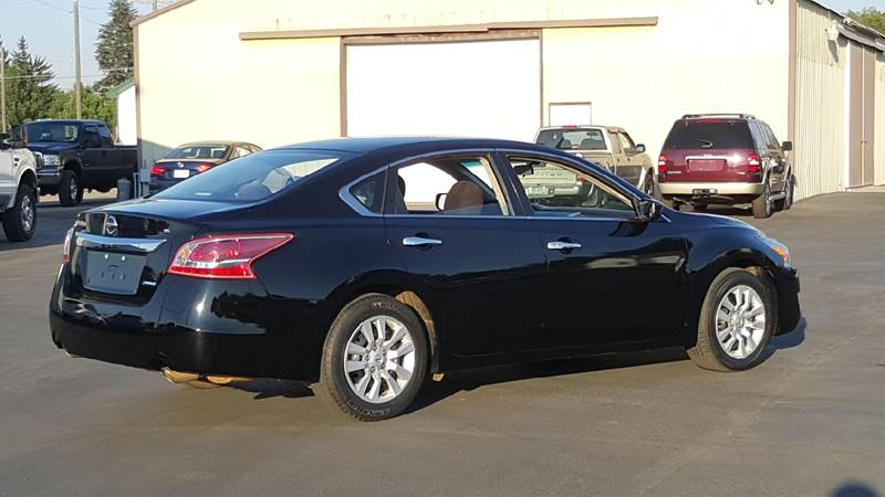 2013 Nissan Altima for sale at New Deal Used Cars in Spokane Valley WA