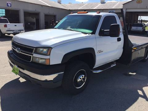 2005 Chevrolet Silverado 3500 for sale at JENTSCH MOTORS in Hearne TX
