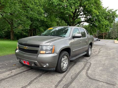 Complete Auto World - Used Cars - Toledo OH Dealer