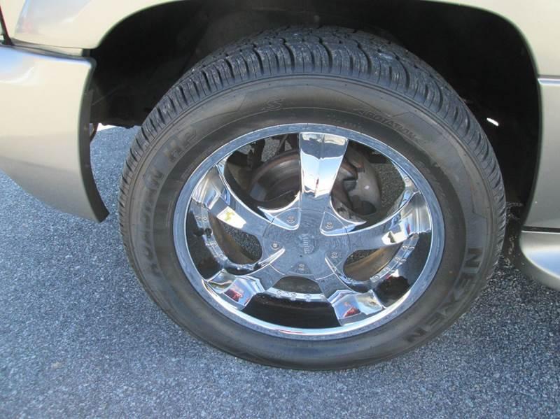 2000 Cadillac Escalade Base 4dr 4WD SUV - Angier NC