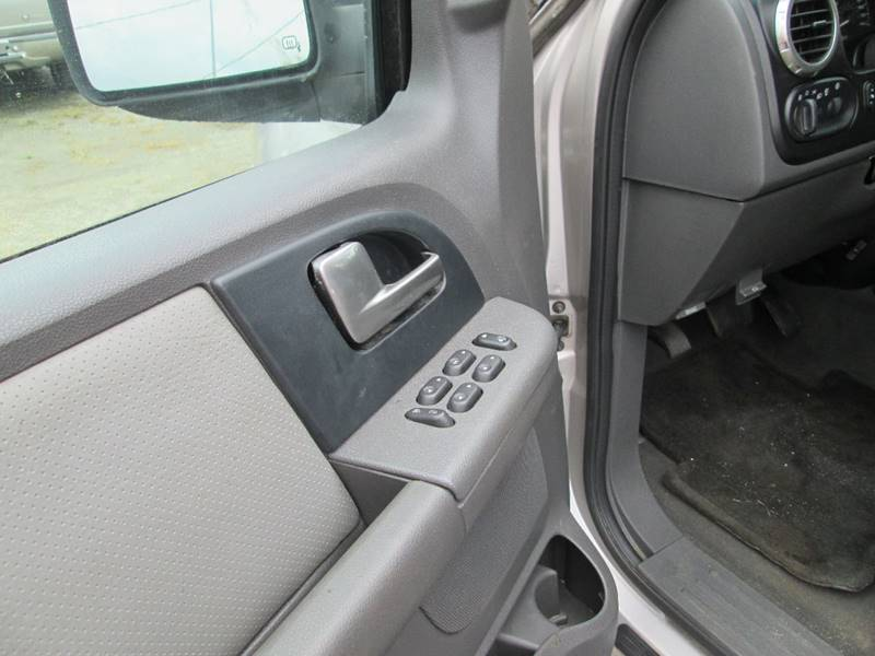 2003 Ford Expedition XLT 4WD 4dr SUV - Angier NC