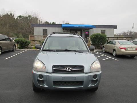 2006 Hyundai Tucson for sale at Olde Mill Motors in Angier NC