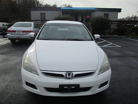 2007 Honda Accord for sale at Olde Mill Motors in Angier NC
