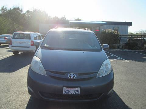2006 Toyota Sienna for sale at Olde Mill Motors in Angier NC