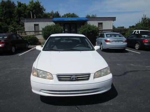 2000 Toyota Camry for sale at Olde Mill Motors in Angier NC