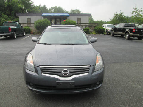 2009 Nissan Altima for sale at Olde Mill Motors in Angier NC