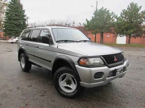 2001 Mitsubishi Montero Sport for sale in Bloomington, IL