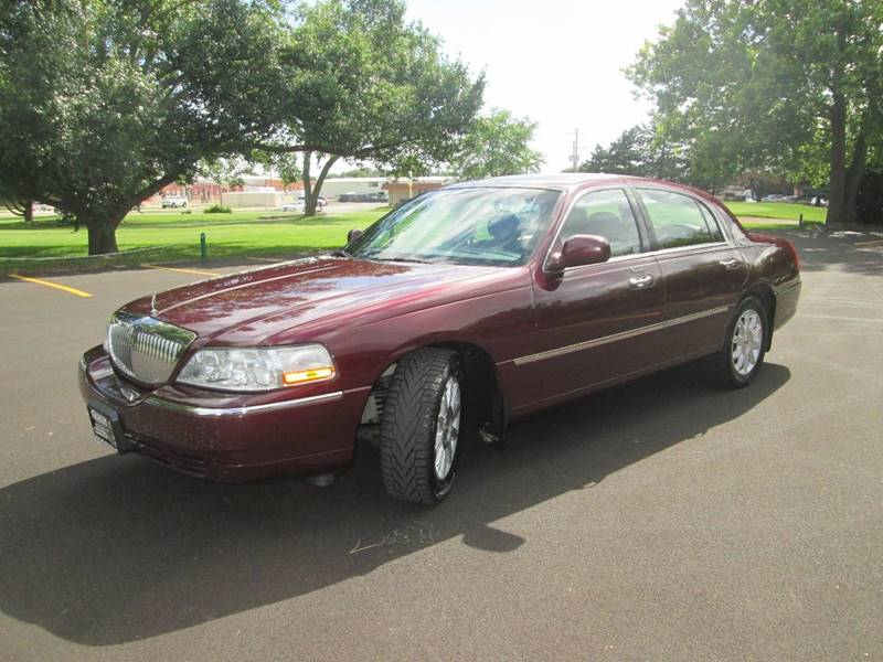2008 Lincoln Town Car Signature Limited 4dr Sedan In Bloomington Il