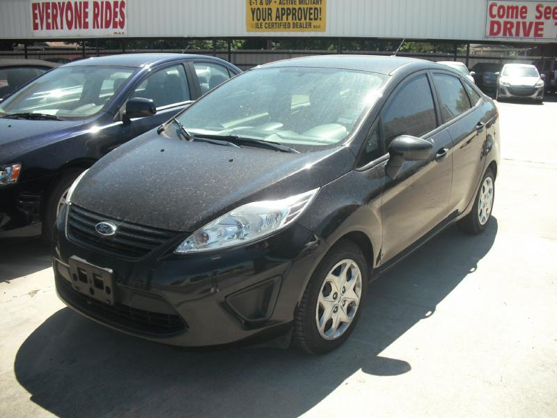 2013 Ford Fiesta S 4dr Sedan - San Antonio TX