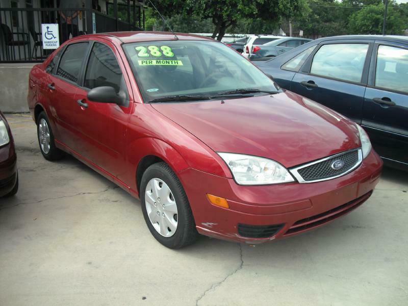 2005 Ford Focus ZX4 - San Antonio TX