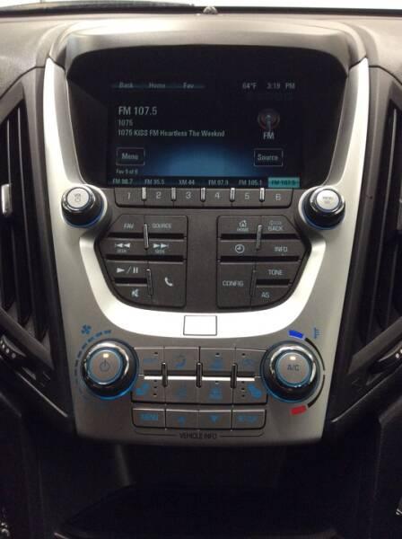 2017 Chevrolet Equinox LT - Newton IA