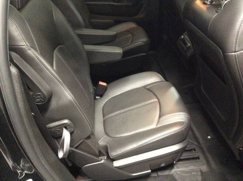 2017 Chevrolet Traverse AWD LT 4dr SUV w/2LT - Newton IA