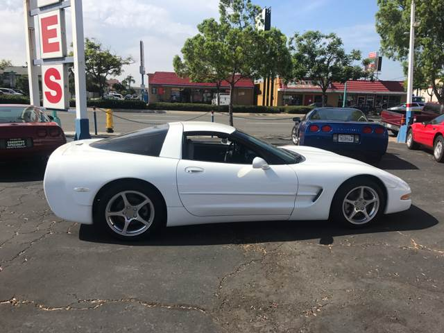 1998 Chevrolet Corvette 2dr Hatchback - San Diego CA