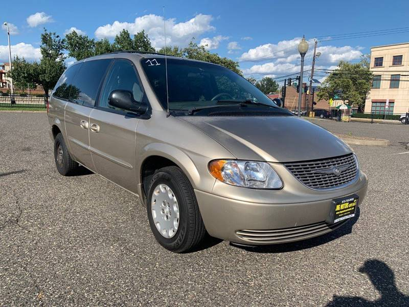 2003 Chrysler Town And Country Lx Family Value 4dr Extended