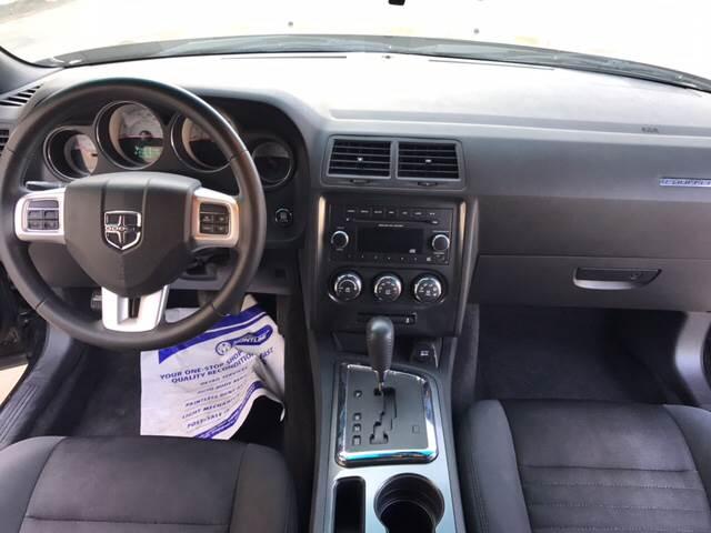 2014 Dodge Challenger SXT 2dr Coupe - San Antonio TX