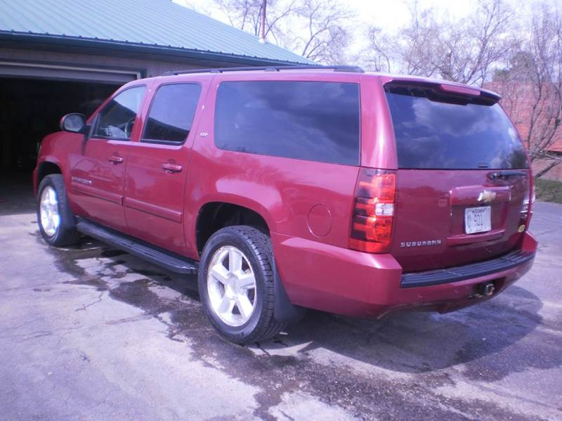 2007 Chevrolet Suburban LTZ 1500 4dr SUV 4WD - Chippewa Falls WI
