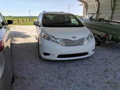 2015 Toyota Sienna for sale in Halstead, KS