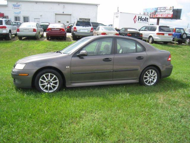 2005 Saab 9-3 for sale at BEST CAR MARKET INC in Mc Lean IL