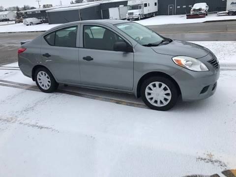 2013 Nissan Versa for sale at BEST CAR MARKET INC in Mc Lean IL