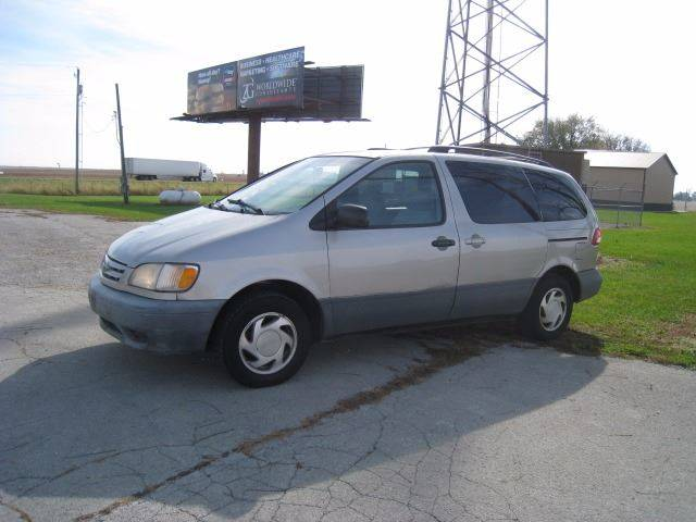 2002 Toyota Sienna for sale at BEST CAR MARKET INC in Mc Lean IL