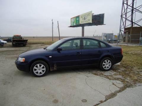 2000 Volkswagen Passat for sale at BEST CAR MARKET INC in Mc Lean IL