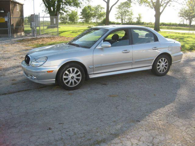 2005 Hyundai Sonata for sale at BEST CAR MARKET INC in Mc Lean IL