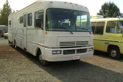 1990 Fleetwood Bounder for sale in Redmond, OR