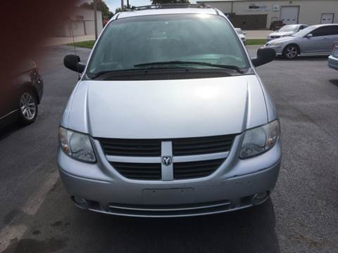 2005 Dodge Grand Caravan for sale at SHOW ME MOTORS in Cape Girardeau MO