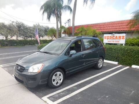 2009 Kia Rondo for sale at Uzdcarz Inc. in Pompano Beach FL