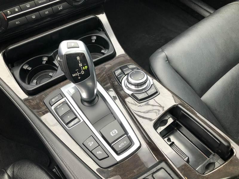 2013 BMW 5 Series AWD 528i xDrive 4dr Sedan - Cleveland OH