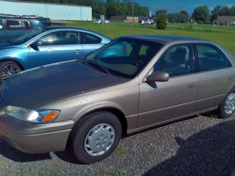 1999 Toyota Camry LE 4dr Sedan - Statesville NC