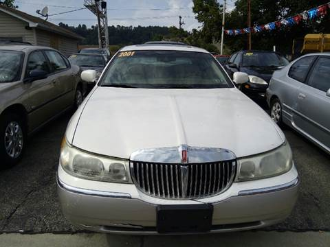 2001 Lincoln Town Car for sale in Mckeesport, PA