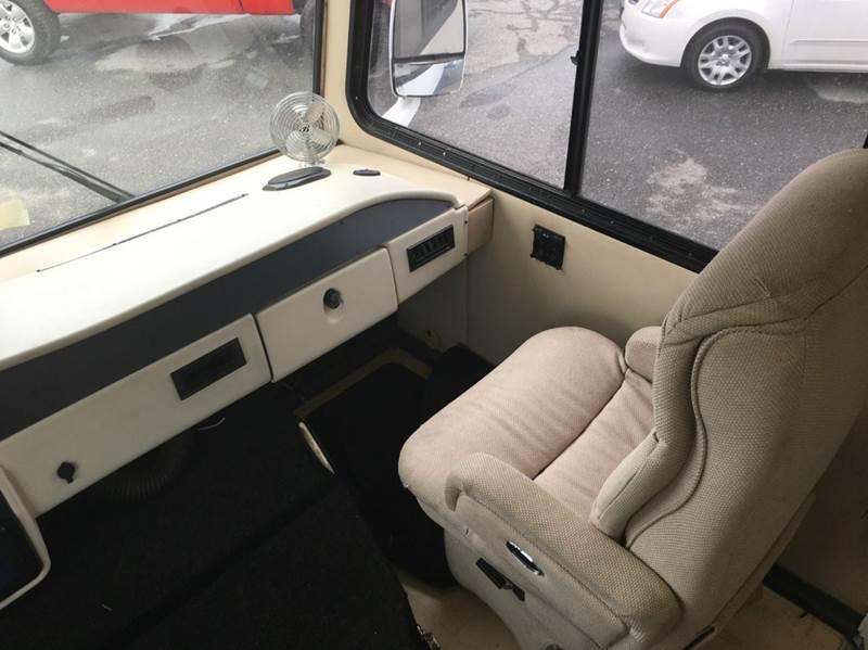 1998 Chevrolet P30 Conversion - Lynchburg VA