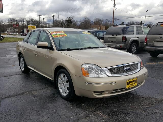 2007 ford five hundred sel 4dr sedan in south bend in dealmakers auto sales. Black Bedroom Furniture Sets. Home Design Ideas